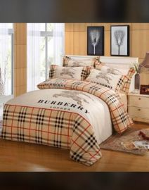 Burberry Design Bedsheet With 4 Pillow Cases