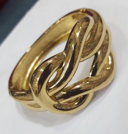 Knotted Design Gold Bangle